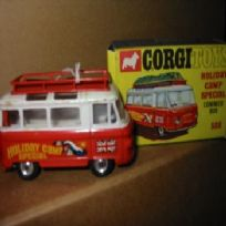 "Corgi 508 Commer Minibus ""Holiday camp Special"""